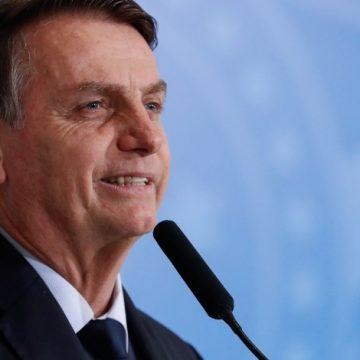 Em Manaus, Bolsonaro defende garimpo e critica demarcação de terras indígenas