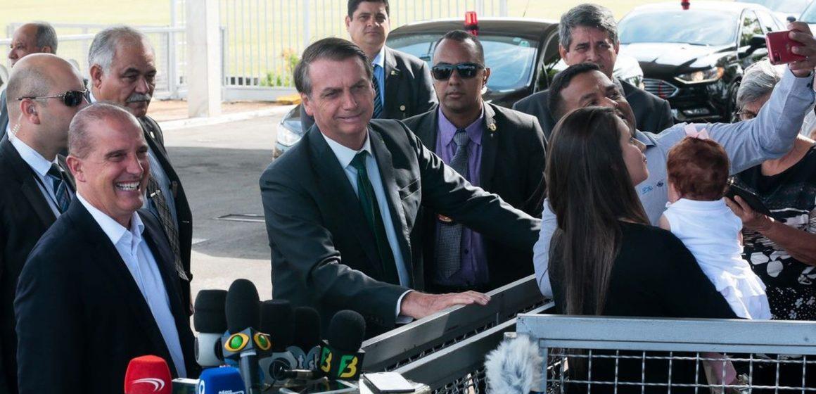 Bolsonaro diz que, se TSE barrar a assinatura eletrônica, seu partido ficará fora das eleições 2020