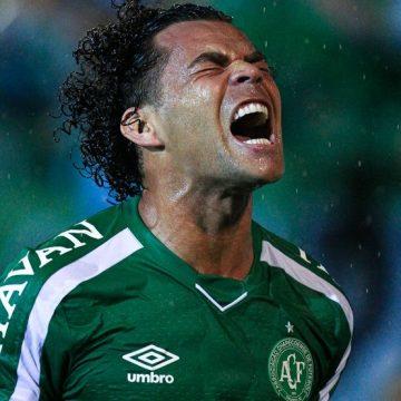 """Antes de duelo, Camilo admite: """"Queria voltar para o Botafogo, assim como sempre quis a Chape"""""""