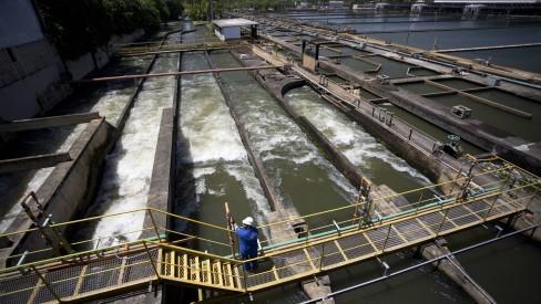 Após manutenção preventiva no Guandu, regiões do Rio sofrem com falta d'água