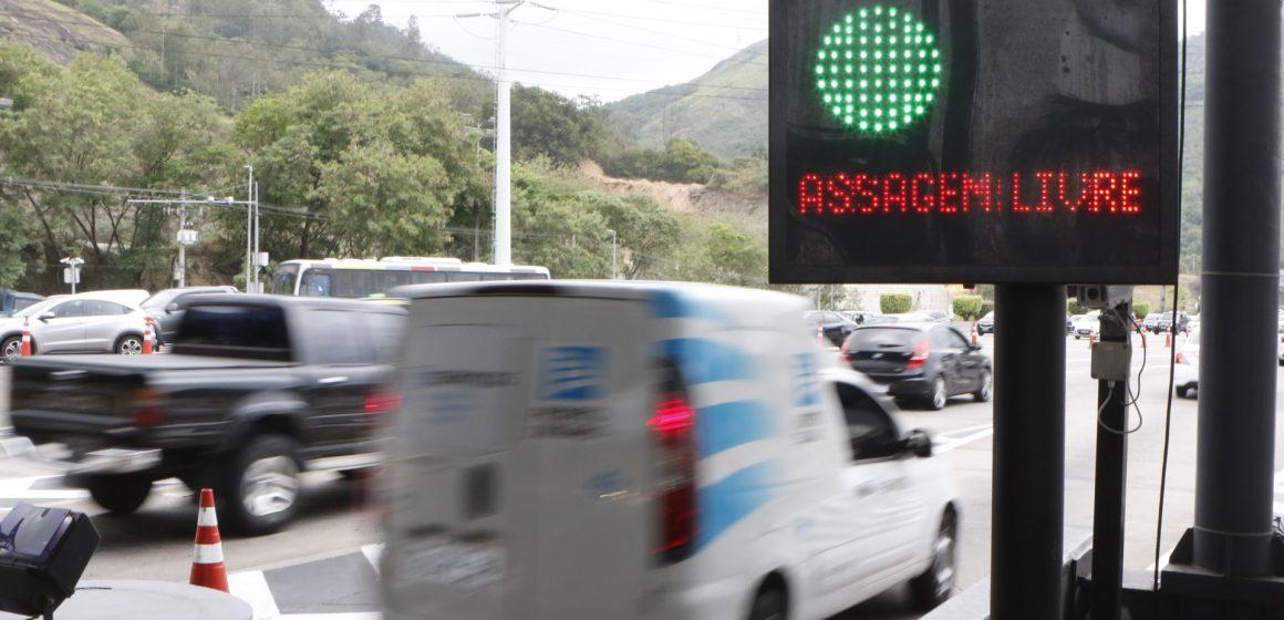 Prefeitura volta a retirar cancelas e Linha Amarela fica sem cobrança de pedágio