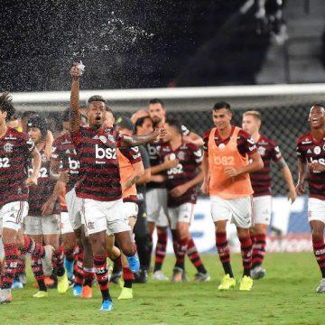 Se vencer o Bahia, Flamengo abrirá 10 pontos para o Palmeiras