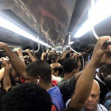 Passageiros enfrentam problemas por causa de retirada de trens pelo 2º dia consecutivo