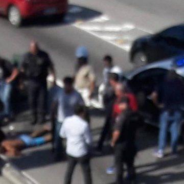 Tentativa de assalto termina com suspeito morto na Av. Ayrton Senna; via foi interditada