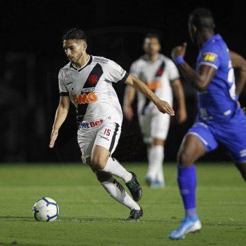 Andrey volta a jogar bem, ganha novo ânimo no Vasco e busca mostrar que pode ser útil em 2020