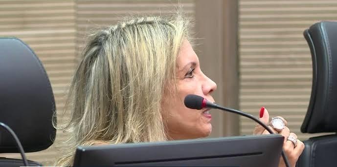 Desembargadora que publicou calúnia contra Marielle diz que não teve intenção de ofender a vereadora