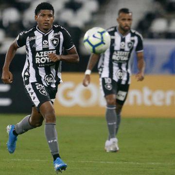 Desempenho ruim na temporada coloca ataque como prioridade do Botafogo para 2020