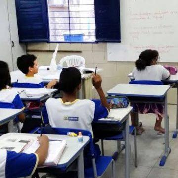 Desigualdade entre alunos ricos e pobres no Brasil está entre as maiores do mundo, diz estudo