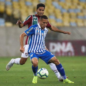 """Fluminense revive """"frustração"""" contra o Avaí e volta a entregar resultado no fim da partida"""