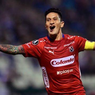 Luvas pedidas por Germán Cano dificultam negócio, mas atacante está animado para atuar no Vasco