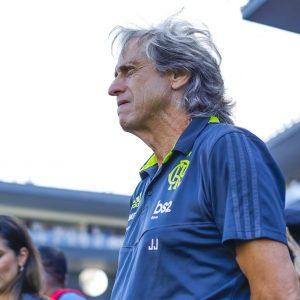 """Jesus vê jogadores com cabeça no Mundial e dá a entender que fica: """"Gosto do Flamengo"""""""