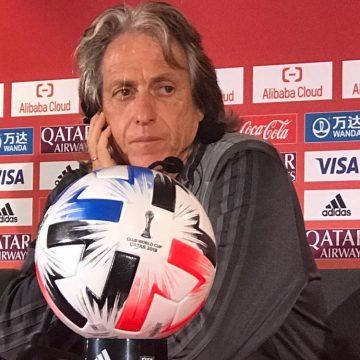 """Jorge Jesus diz que só trocaria Flamengo por cinco times da Europa: """"Se não, nem adianta procurar"""""""