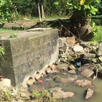 MP denuncia Cedae por lançamento de esgoto não tratado na Baía de Guanabara