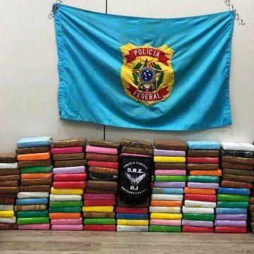 PF apreende 188 tabletes de cocaína em navio fundeado na Baía de Guanabara