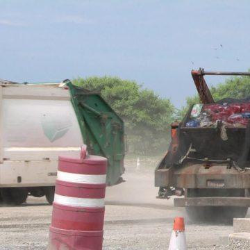 Suspensão de pagamento da Prefeitura do Rio pode afetar tratamento e transporte de lixo a partir de sábado