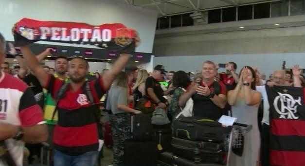 Torcedores embarcaram para o Catar para assistir ao Flamengo no Mundial Interclubes