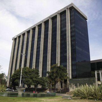Prefeitura do Rio tem que quitar nesta sexta-feira o 13º