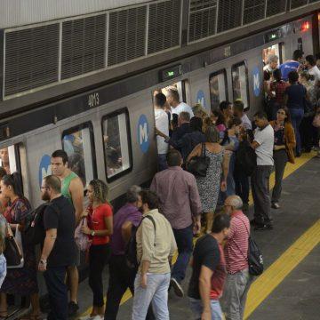 Metrô do Rio tem apenas 5% dos cartões disponíveis para o réveillon