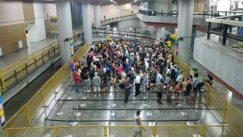 Réveillon: 41% dos cartões especiais do metrô já foram vendidos, com procura maior que nos anos anteriores
