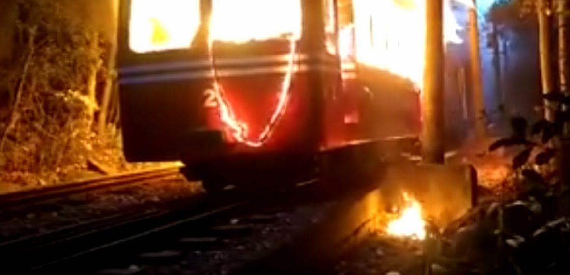 Incêndio atinge trem do Corcovado