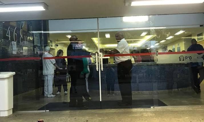Hospital Municipal Albert Schweitzer fecha as portas por falta de insumos e pessoal