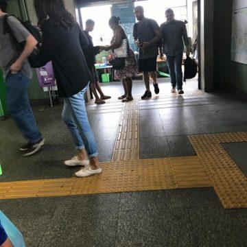 Quadrilha vende passagens clonadas em estações do metrô sem ser incomodada