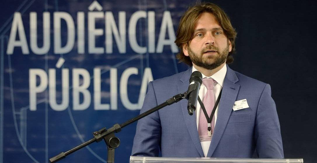 Após apelo de filhos de Bolsonaro, ex-secretário-executivo ganha novo cargo na Casa Civil