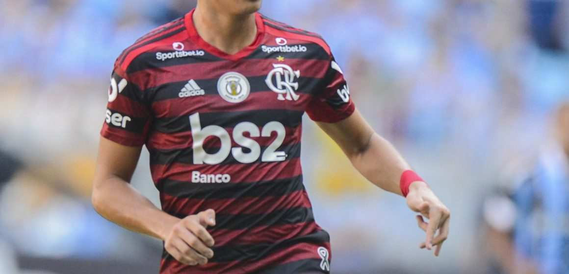 Real Madrid intensifica contratos e se aproxima de tirar Reinier do Flamengo