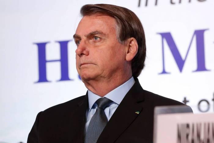Bolsonaro critica Witzel por ter gravado telefonema com Mourão no 'viva voz'