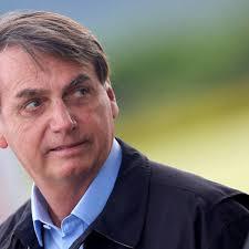 Bolsonaro desiste de subsidiar conta de luz de igrejas