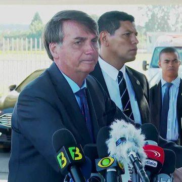 Bolsonaro diz que há brecha para reajustar o salário mínimo pela inflação