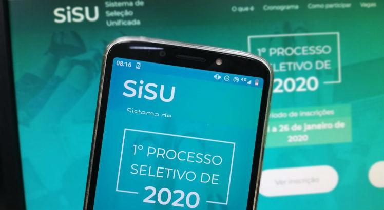 Candidatos relatam ter visto resultado do Sisu; MEC diz que listas ficaram disponíveis 'por alguns minutos'