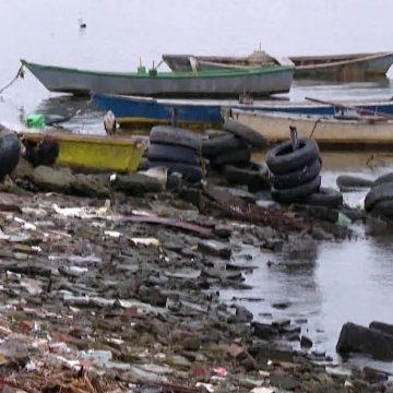 Criminosos tomam conta do lixão de Gramacho, que deveria estar desativado há quase 8 anos
