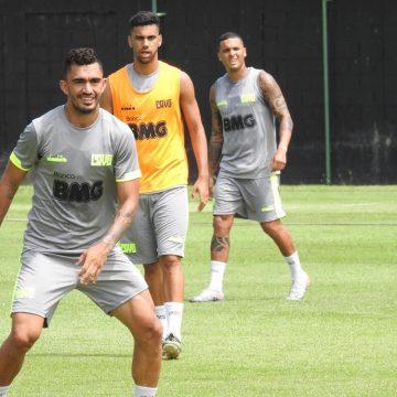"""De aposta a realidade, Raul quase triplica participação no Vasco: """"Feliz pela confiança, mas posso mais"""""""