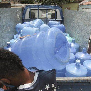 Distribuidora na Zona Norte aumenta em cinco vezes a venda de galão de água