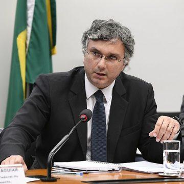 Justiça aceita denúncia contra assessor de Guedes e mais 28