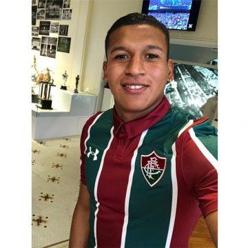 Fernando Pacheco será o terceiro jogador peruano a defender o Fluminense. Lembra dos outros?