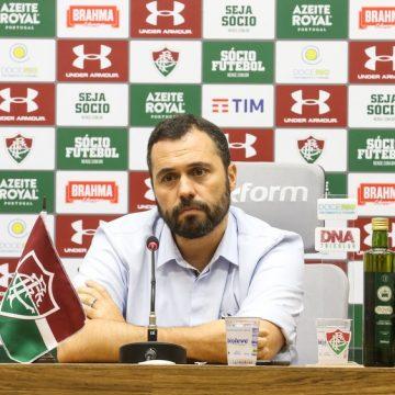 """Hudson é apresentado pelo Fluminense e comemora oportunidade: """"Não tive dúvidas"""""""