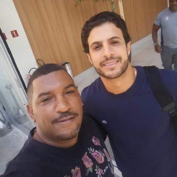 Hudson chega ao Rio de Janeiro e faz exames para assinar com o Fluminense