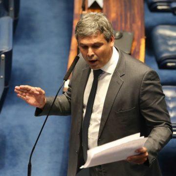 Lindbergh Farias é condenado por improbidade administrativa