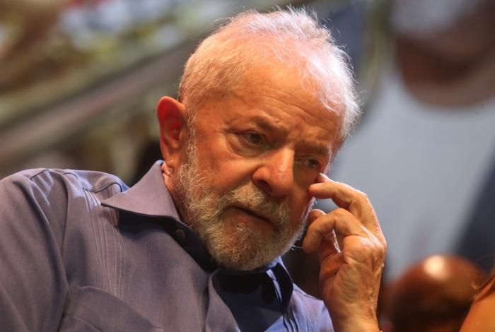Lula e Boulos são denunciados por invasão do triplex no Guarujá