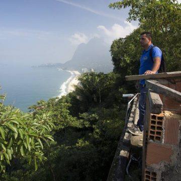 Moradores da Rocinha e do Vidigal reclamam de atraso em obras de contenção