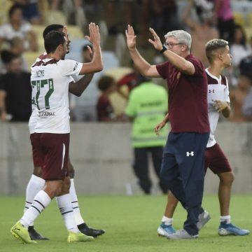Nenê aproveita ausência de Ganso, assume protagonismo no Fluminense e ganha crédito com Odair