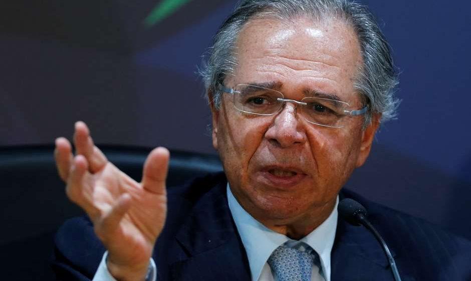 """""""O grande inimigo do meio ambiente é a pobreza"""", diz Guedes"""