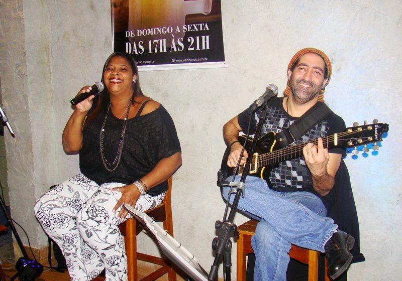 Grátis: almoço no Legião do Bem recebe Rosângela Vieira interpretando MPB e Pop