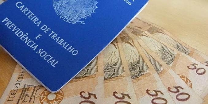 Seguro-desemprego é corrigido; parcelas vão até R$ 1,8 mil