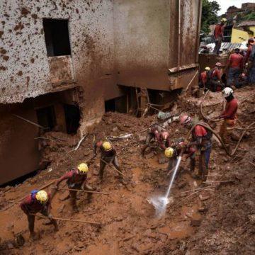 Sobe para 50 número de mortes causadas pelas chuvas em Minas Gerais