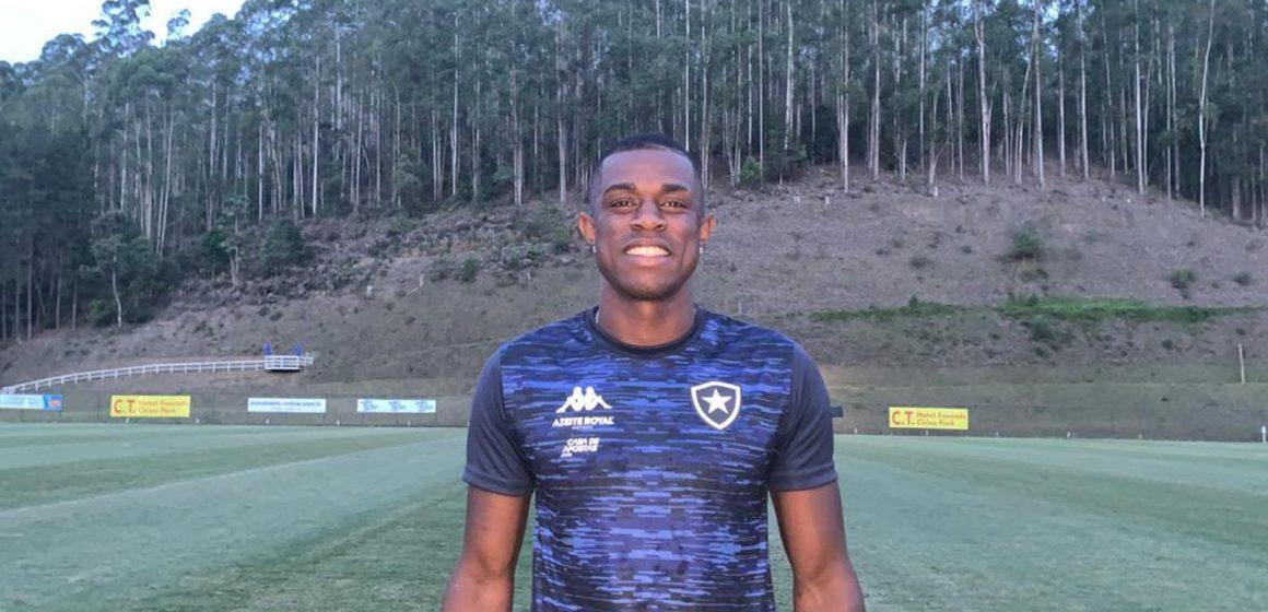 Timidez deixei pra trás: Marcelo Benevenuto abre o coração sobre Botafogo, família e sonhos