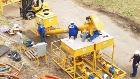 Guandu faz hoje testes da aplicação de carvão na água