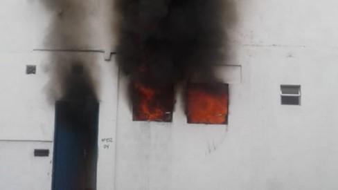 Mãe de crianças mortas em Paraty não lembra do incêndio; polícia espera ouvi-la